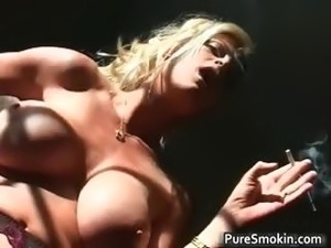 smoking girls videos