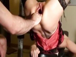 black mature gaping pussy