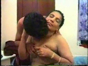 Aunties nude videos