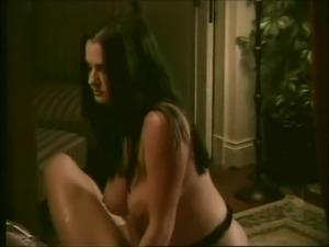 free lesbian strapon sex porn
