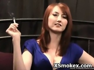 girls smoking bong pics