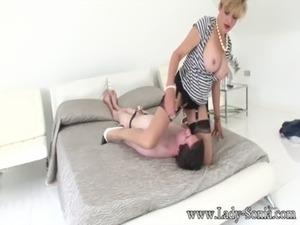 lady sonia blowjob pics