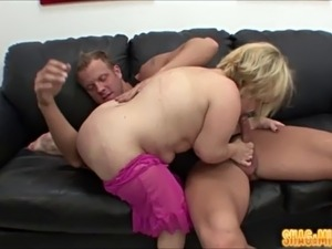 naked midget women having sex