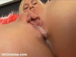 Girl has first orgasm