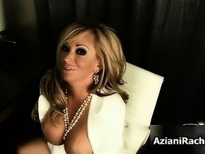 Sexy blonde babe gets horny rubbing her part5
