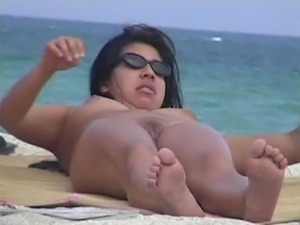 beach babes sex naked