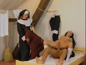 funny picture blonde nun