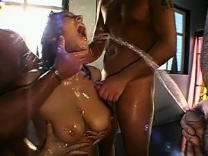 porno-pissing-klipi