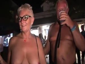 mature videos gallery