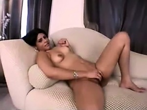 amateur babes strip video