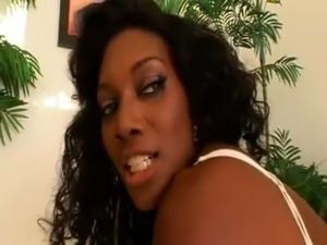 tyra banxxx doing anal