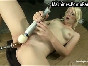 girls fuck machine videos