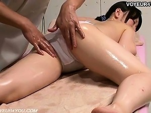 Erotic Body Massage Therapist Voyeurism