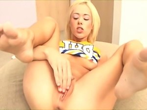 free cheerleaders blowjob porn videos