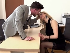 free boss secretary fuck video