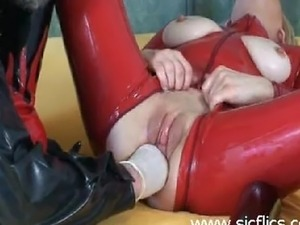 Extreme amateur slave fucks her gaping loose pussy with the bottom end of a...