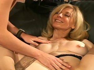 Sexy milf big tits