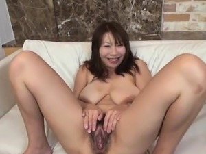 closeups spread shaved pussy