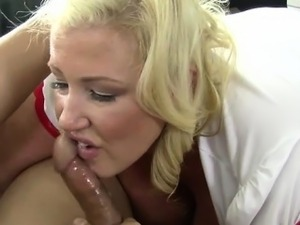 girl swallowing cum video