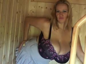 tv girl oops boobs