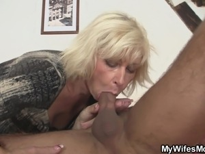 boy seduce mom porn video