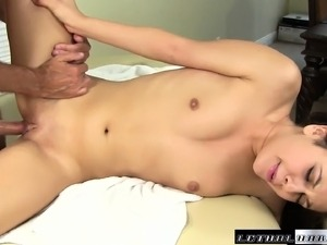 hot tranny massage fuck videos