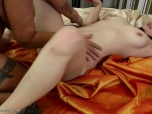 mofosex young girl sucking cock video