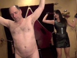 jenny pussy whipping video greywood