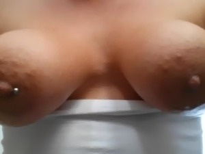 hanging open pussy