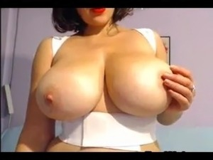 my wife shaves her pussy