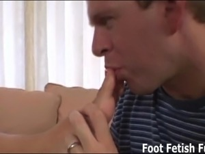Foot fetish lesbian videos