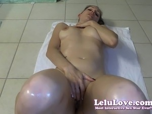 naked girls lower body parts