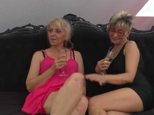 amateur video mature sex