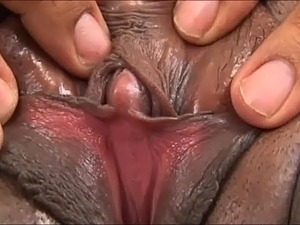 pumped up pussy lip picture