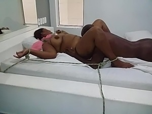 spread pussy tied up