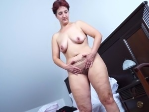 senior mature amateur housewives