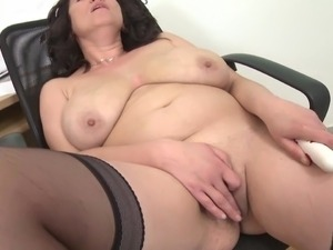 big natural black tits and pussy
