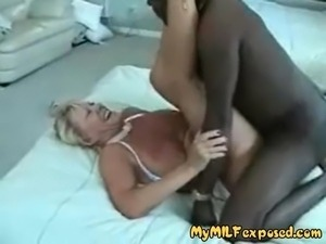 free mature cuckold videos