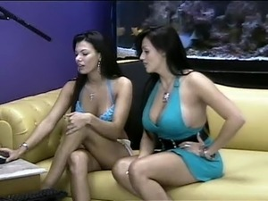 sexy web cam girls