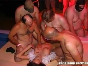 Немецкая порновечеринка