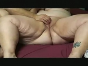 rubbing my wifes pussy