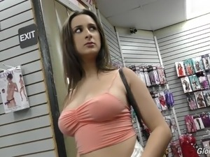 Creampie clip porno