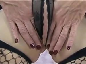 amateur big pussy lip pictures