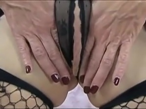 world largest pussy lips