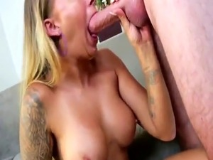 free hot blonde pictures