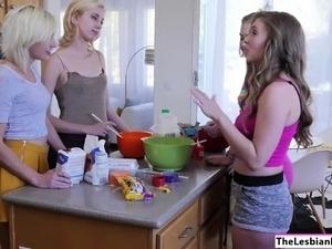 teen lesbian nurses