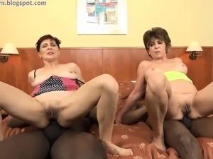 huge anal dildos videos