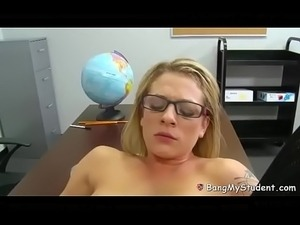 Pornonani.com - Dirty Dahlia Strips Naked Fucks The Teacher