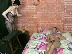 naked pictures women being spanked