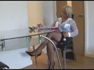 the secretary movie sex scene